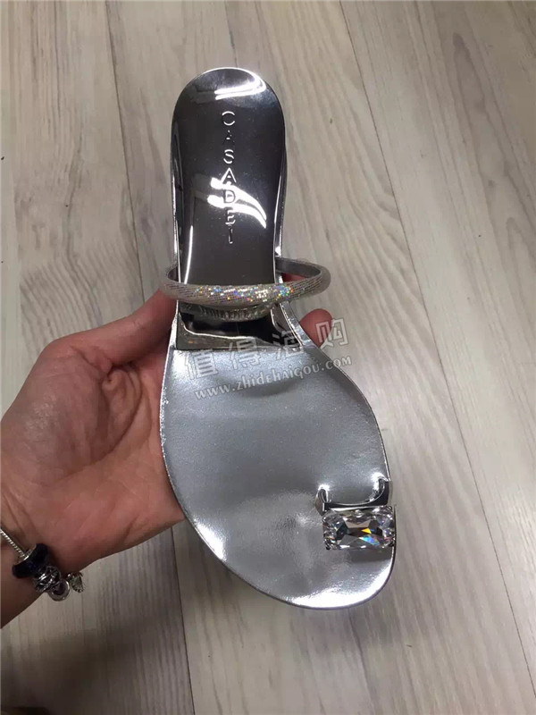 Casadei 卡萨蒂火爆款拖鞋终于又到货 意大利专柜正品代购