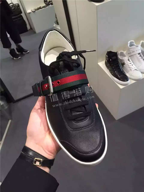 Gucci 古驰2016年新款男款休闲鞋 帅气又简单大方