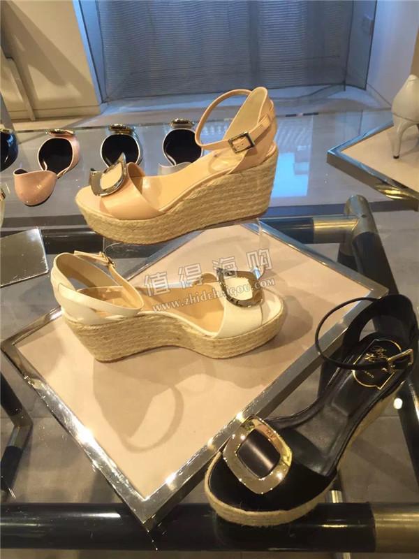 Roger Vivier 2016年新款女鞋 小松糕休闲鞋 是今年的RV最新款噢